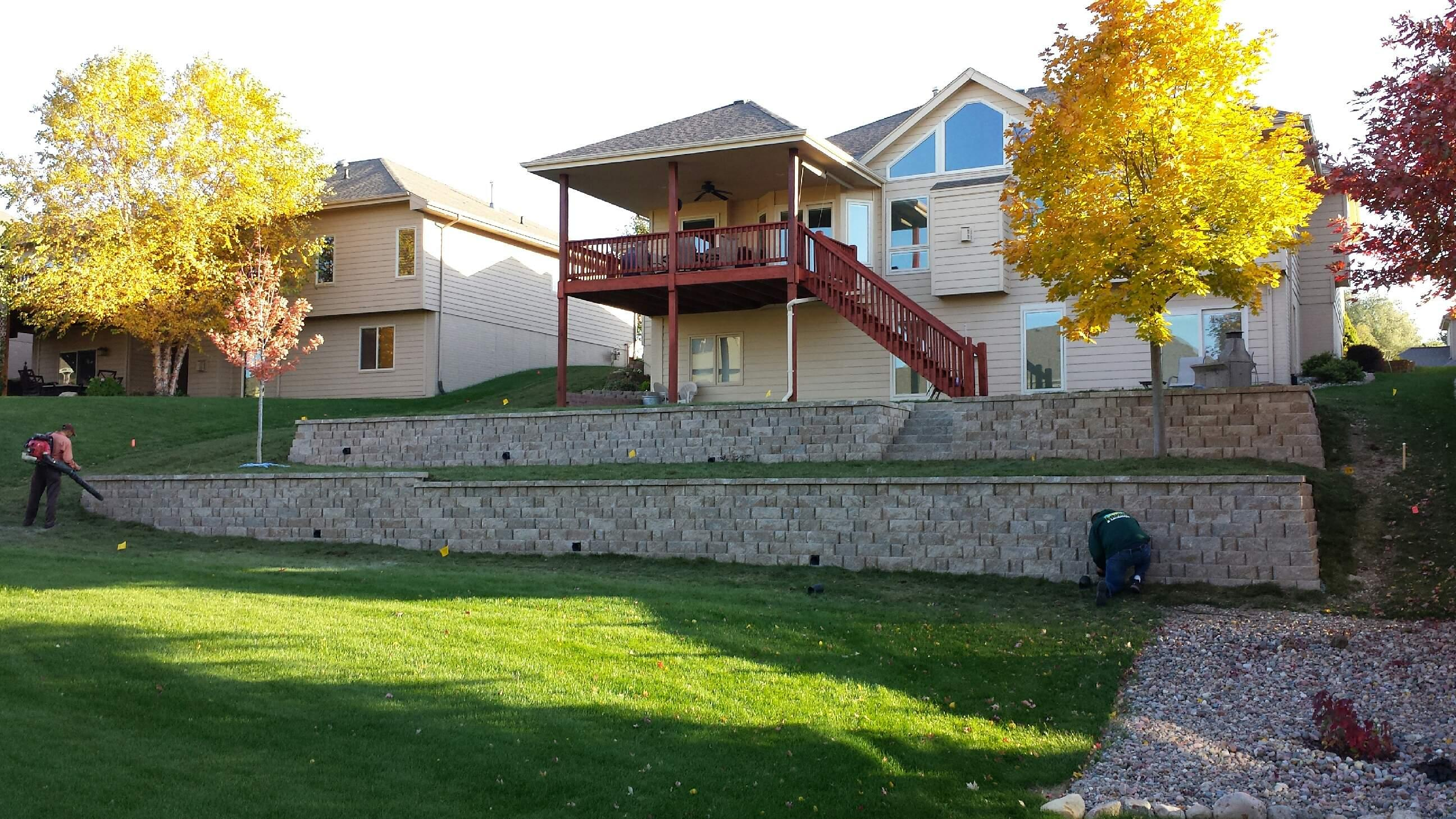 25 perfect list of landscaping around omaha for Landscape design omaha